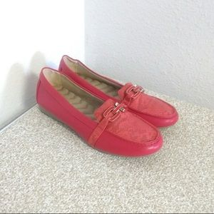 Avon cushion walk jazzy red loafers NEW size 11
